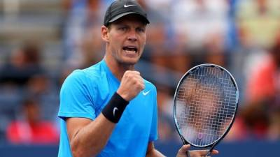 Roger Federer loses to Tomas Berdych in the quarter-finals of US Open