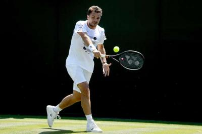 Grigor Dimitrov's loss is Stan Wawrinka's gain at Wimbledon