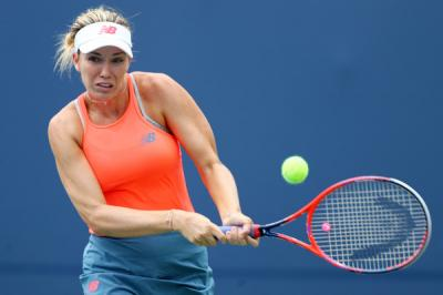 Danielle Collins steams Julia Goerges in opener of Australian Open