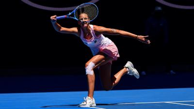 Australian Open: Karolina Pliskova mounts comeback, stuns Serena in the QF