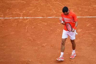 Novak Djokovic: 'It is very challenging to play in these conditions'