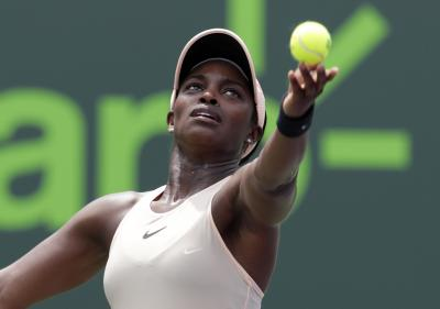 Sloane Stephens digs out scary win over Doi at Roland Garros opener