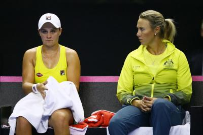 Alicia Molik: 'Ashleigh Barty has so much variety and different game-plans'