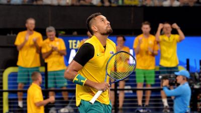 Nick Kyrgios bursts into tears after raising $6,000 for bushfires victims