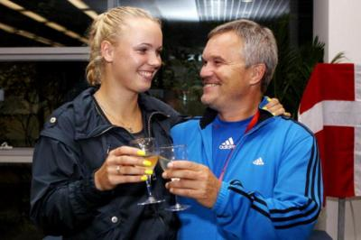 Caroline Wozniacki's father has never been a tennis player, and yet...