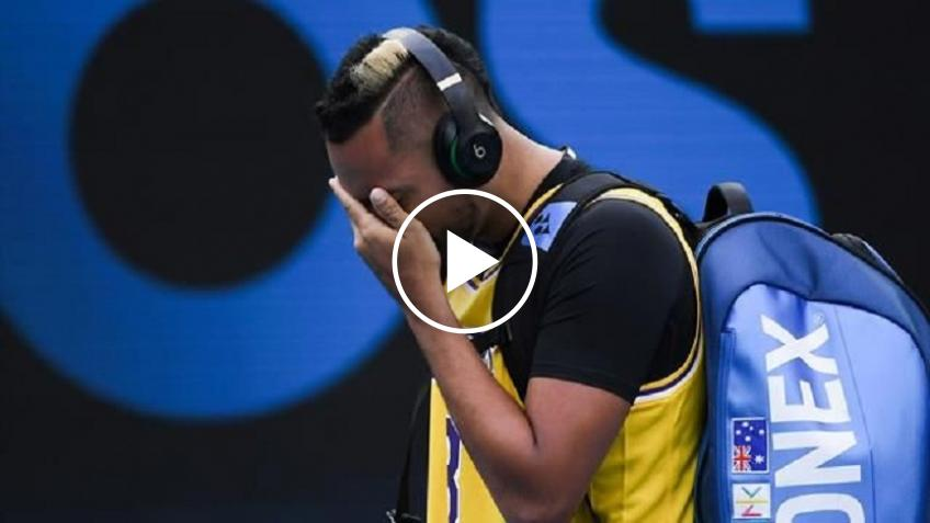 Nick Kyrgios in tears with Kobe Bryant's shirt before the match against Rafael Nadal