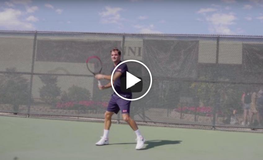 Roger Federer tries out the new Wilson Clash racket!