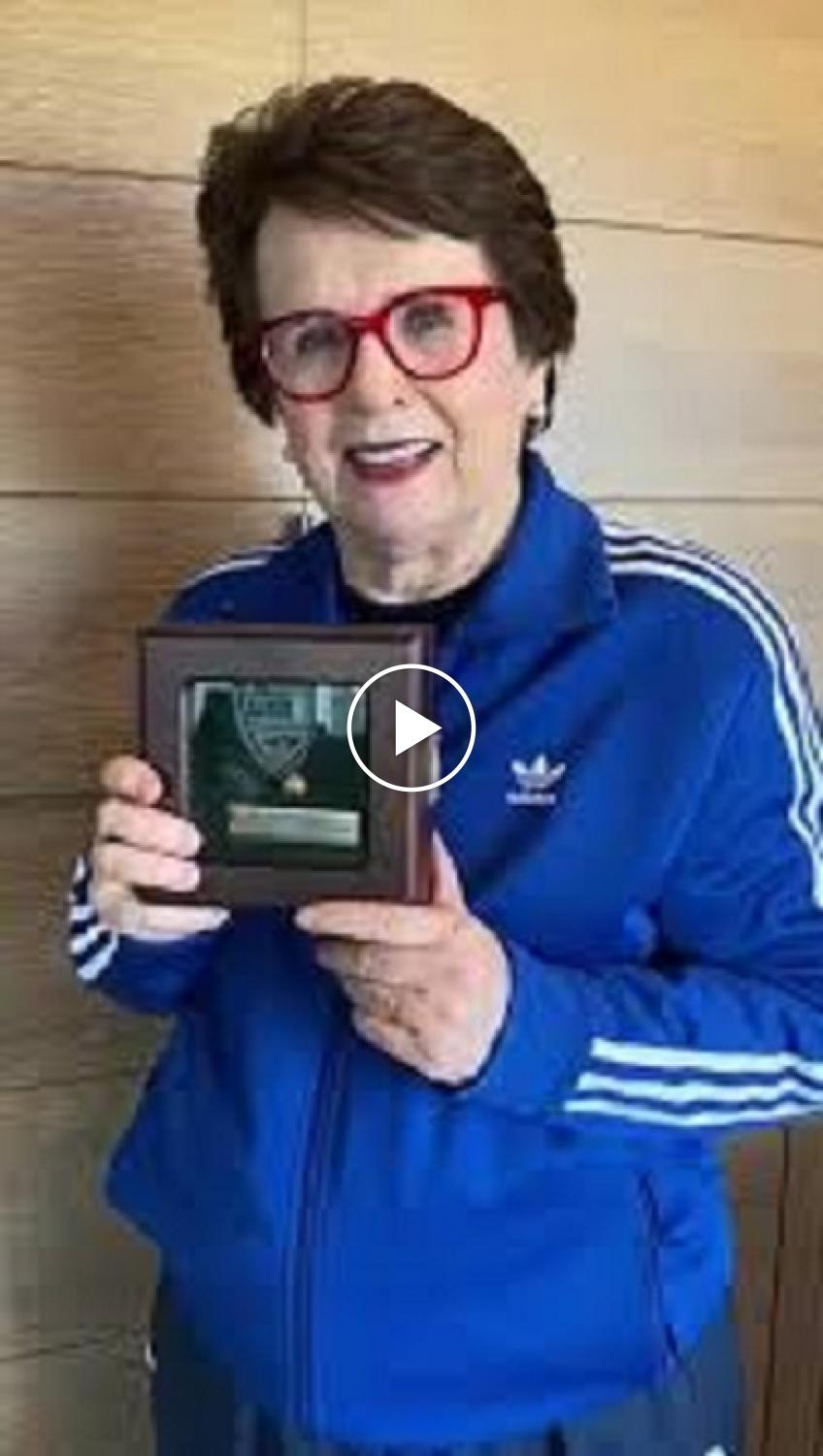 Billie Jean King shares Andy Roddick's special gift to her after the 2007 Davis Cup