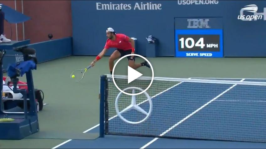 Matteo Berrettini Hits an Incredible Round the Net winner at the US Open