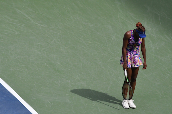 Venus WIlliams (USA) is also out of the tournament, losing in a third-set tiebreaker to 10-seed Karolina Pliskova