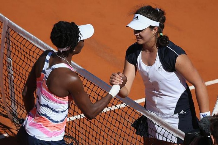 Venus Williams falls in the first round to British teenage Laura Robson