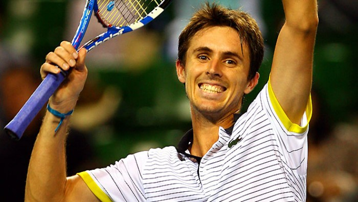 Édouard Roger-Vasselin earned a  million dollar salary, leaving the net worth at 29 million in 2017
