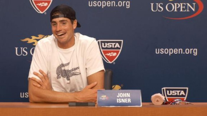 Caroline Wozniacki crashes John Isner&acutes post-match conference (VIDEO INSIDE)