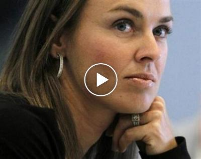 Martina Hingis gets frustrated by ´s**t smoke´ during US Open [VIDEO]