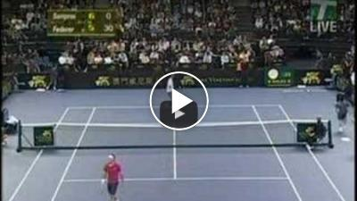 AMAZING!!! 4 Aces in a row by Federer against Sampras!!!